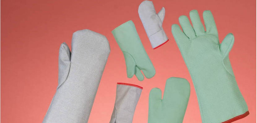 Gloves and mittens from 600 to 700°c